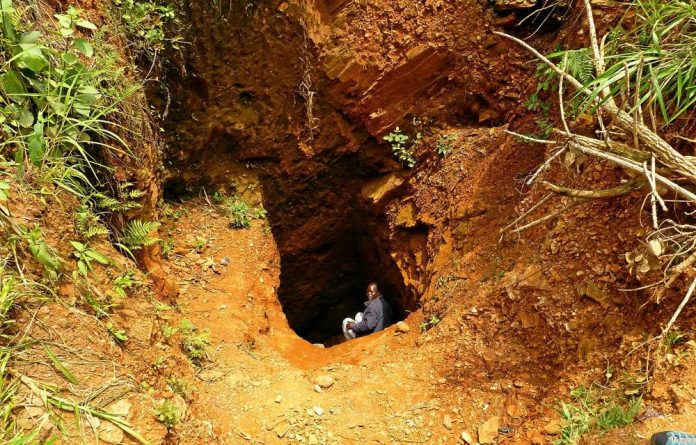 Artisanal gold miners excavated this 20m pit on Concession 40 in the Ituri district of Orientale province.