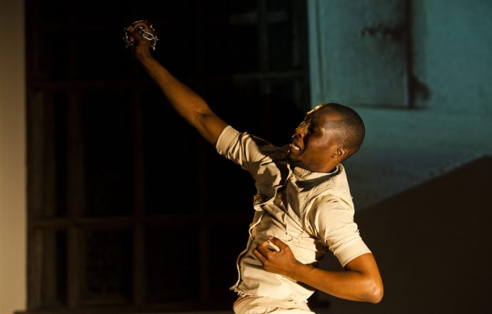 Themba Mbuli in the dance production