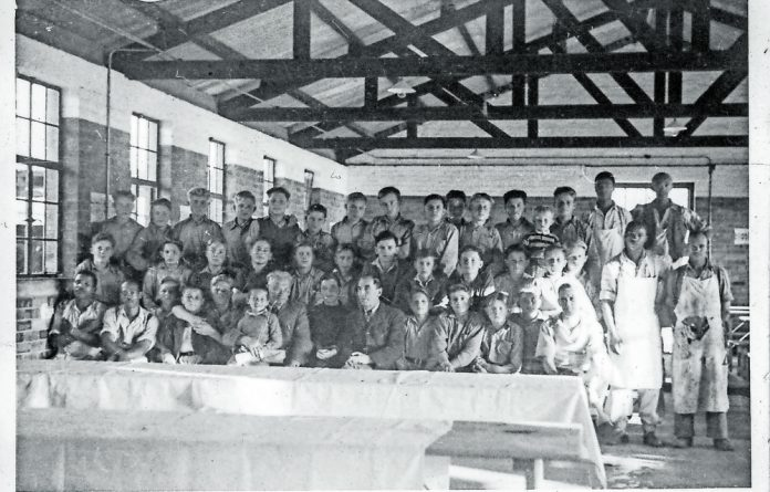 The children stayed in a military barracks in Oudtshoorn