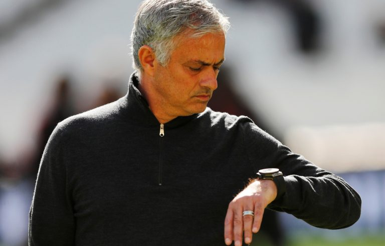 Mourinho's Manchester United misfire once more in Valencia stalemate