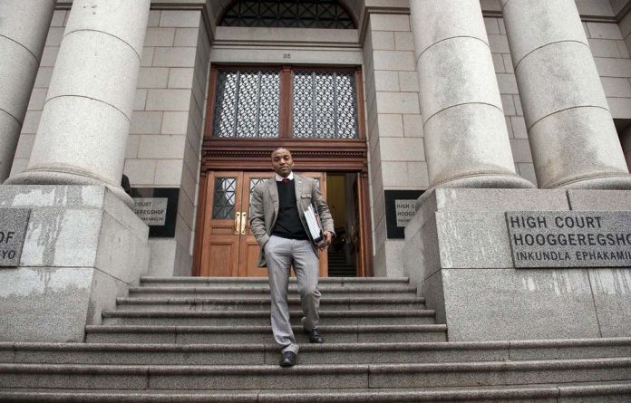 Chumani Maxwele has finally received his long awaited apology from Police Minister Nathi Mthethwa.