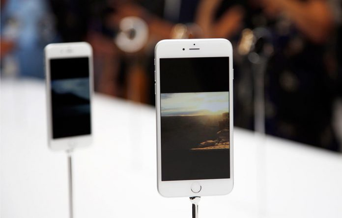 The recently launched iPhone 6 will feature a barometer to estimate how much users climb stairs
