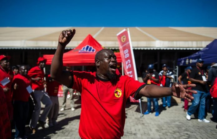 Stalling: A decision on linking Saftu to a workers' party was delayed to avoid a possible walkout by smaller unions.