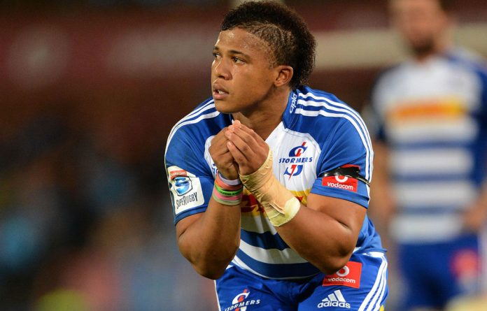 More than a kicker: Elton Jantjies can spark the Stormers back line.