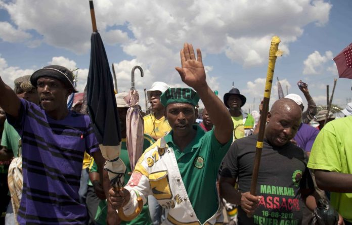 An estimated 100 000 miner workers affiliated to Amcu went on strike on Thursday to demand major wage increases.