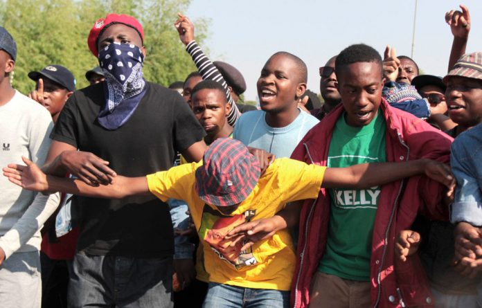 University of Johannesburg students are clashing with private security guards after they were barred from entering the Doornfontein campus.