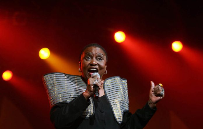 South African diva Miriam Makeba performs at the 7th Cape Town International Jazz festival in 2006.