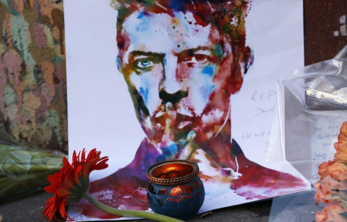 A painting at a David Bowie memorial.