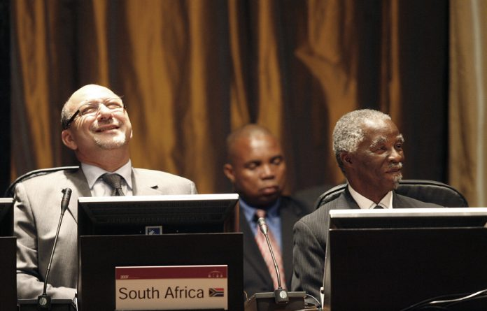 The report states that former president Thabo Mbeki and former finance minister Trevor Manuel contended that part of the reason the money was never recovered was to protect the economy.