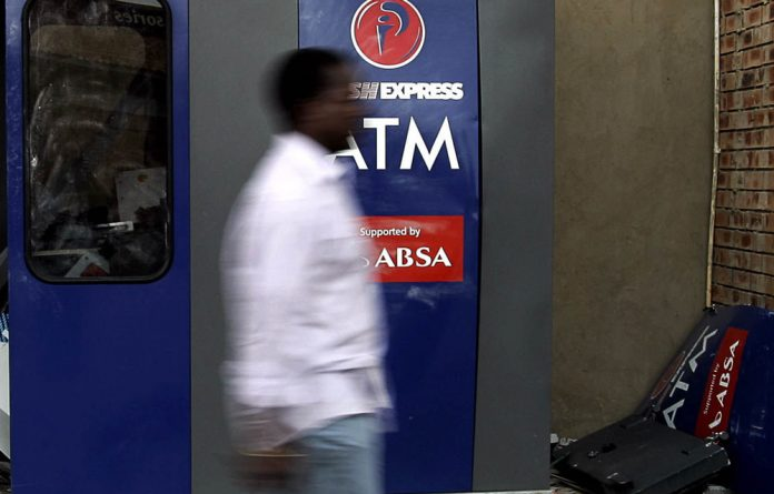 The South African Reserve Bank and the treasury have committed to bringing the cost of remittances down to 5% by relaxing regulations for smaller money transfers.