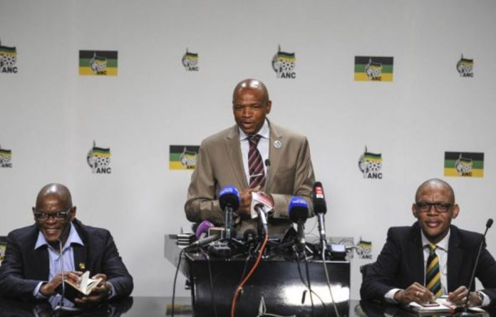 "Mahumapelo says Ramaphosa supporters will put the ANC at ""risk"" by calling for a recount."