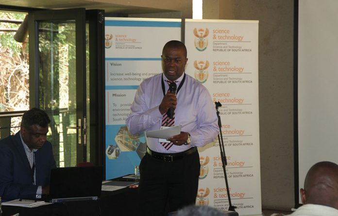 Department of science and technology Director-General Phil Mjwara supports the role that science and technology must play in achieving Vision 2030.