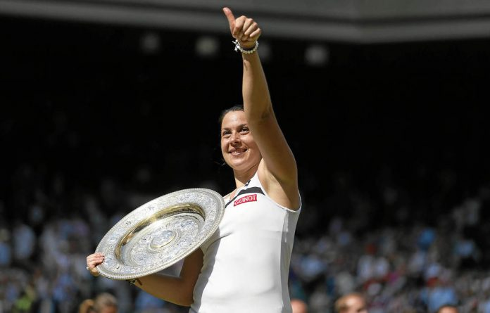 Marion Bartoli beat Sabine Lisicki in the women's final of the Wimbledon Championships tennis tournament.