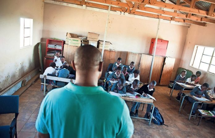 Lost for words: A study of 300 teachers in Kwa-Zulu natal and the Eastern and Western Cape found that they did not meet the Engllish-language curriculum requirements for grade 3 pupils.