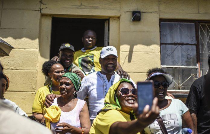 Dead matter: Jacob Zuma once swept Nkosazana off her feet