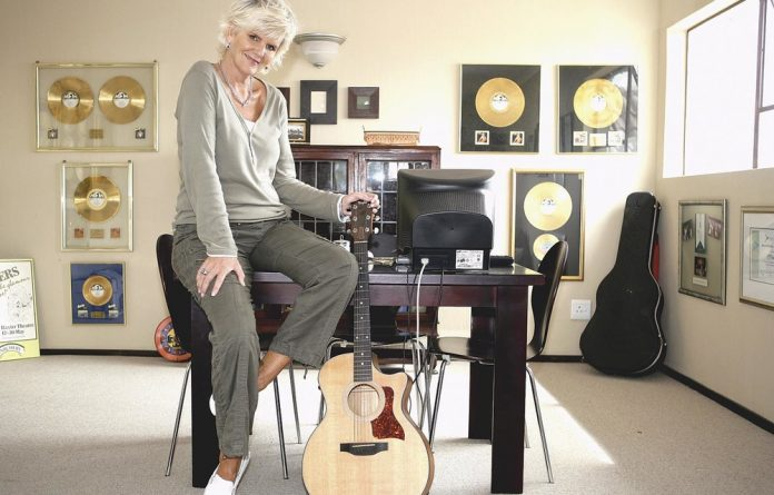 Marianne Thamm and Roger Lucey discuss the life of Penelope Jane Dunlop -- 'PJ Powers' - political activist and one of SA's most successful musicians.