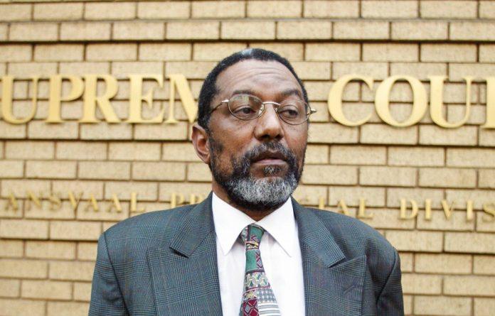 Dr Sizwe Mabizela
