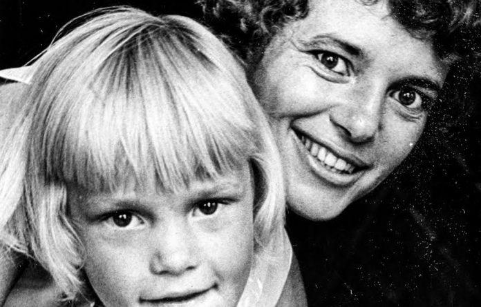 Heartfelt tribute: Poet Ingrid Jonker with her daughter Simone.