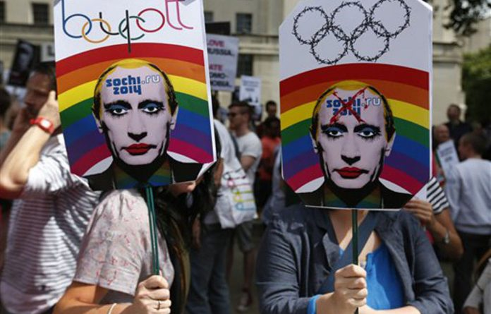 Russian LGBT groups are calling for the 2014 Olympic Games to be banned amid Russia's new 'propaganda' law.