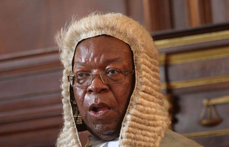 Zim: Chief justice under pressure