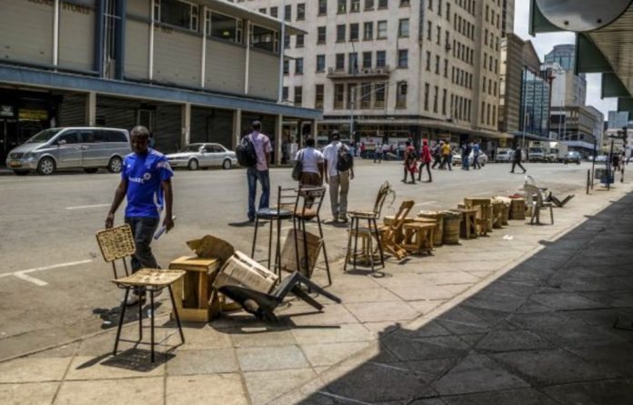 Informal currency traders do a roaring trade in Harare