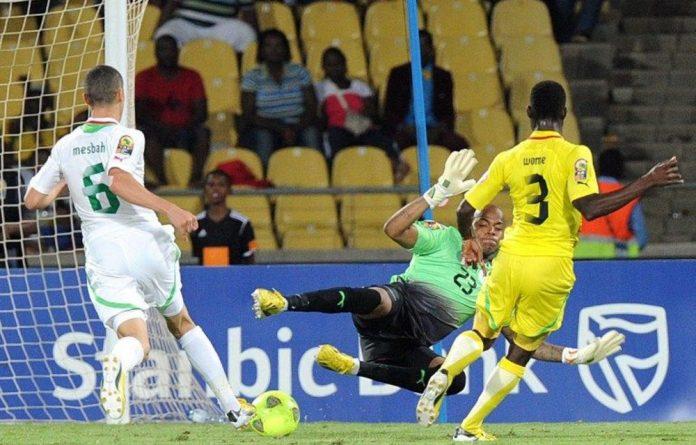 Togo's midfielder Dove Wome