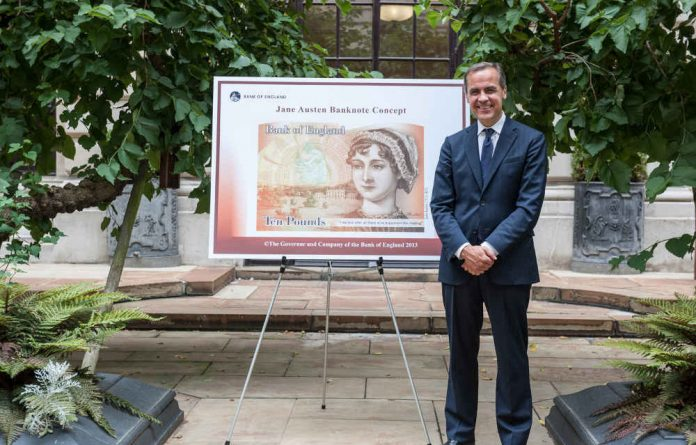 Bank of England's Mark Carney with the new proposed Jane Austen pound note.