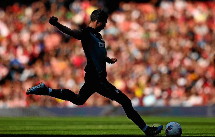 Arsenal star Robin van Persie is Alex Ferguson's latest trophy