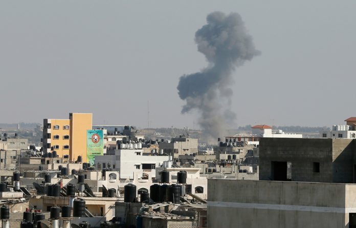 Palestinian health officials say 2 139 people have been killed since July 8