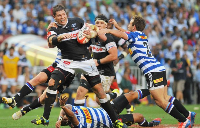 Sharks strongman Willem Alberts is leaving to play in France.
