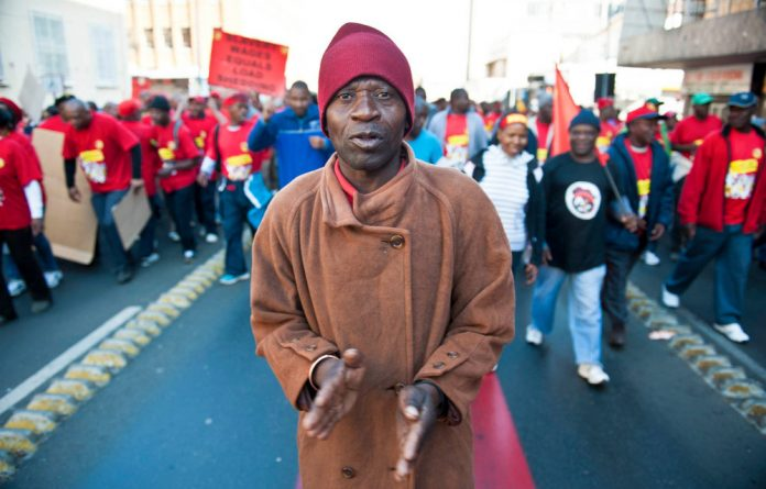 Expelled Numsa is trying to be readmitted to Cosatu before the federation's congress in July.