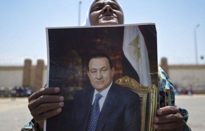 A supporter of Egypt's former president Hosni Mubarak