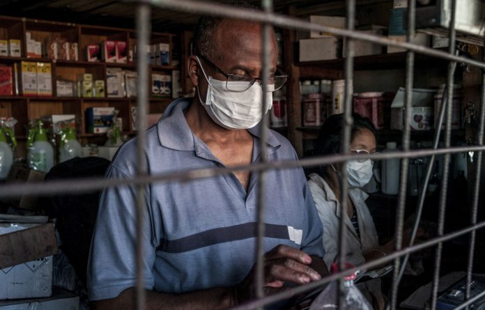 Some Malagasy are taking steps to prevent infection as the pneumonic plague spreads rapidly in urban areas across Madagascar.