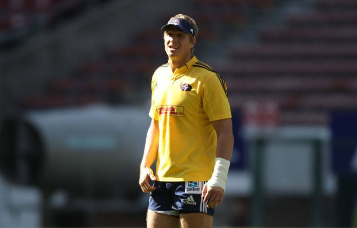 National coach Heneke Meyer has confirmed Jean de Villiers as the new Springbok captain to lead South Africa against England in Durban on Saturday.