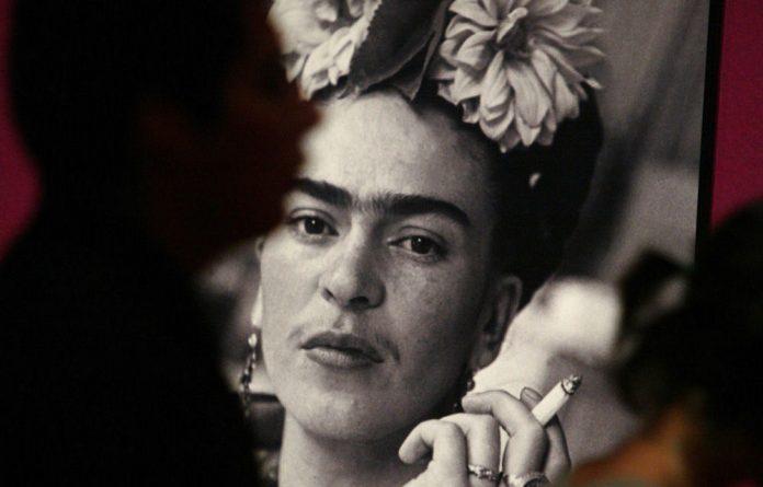 A photograph of artist Frida Kahlo.