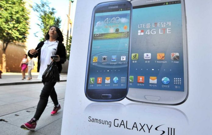 The Samsung Galaxy S3 sweeps the rug out from under Apple's feet.