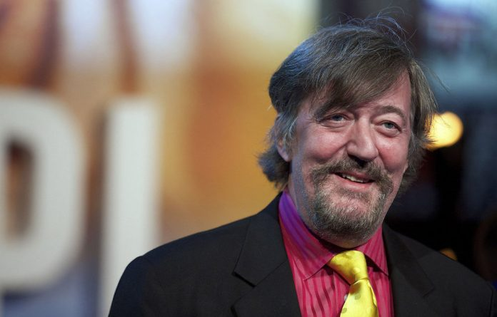 Stephen Fry has added his voice to demand an end to mass surveillance.