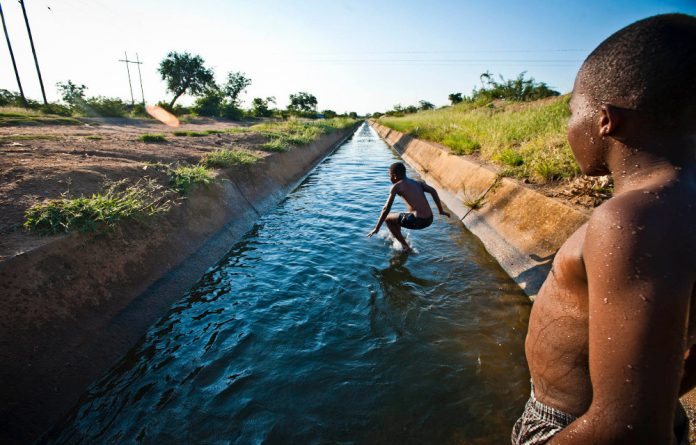 Plans to install working pipes in Giyani have not yet come to come to fruition and many residents have no choice but to bath and wash their clothes in canals.