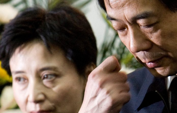 British diplomats will be allowed to attend the murder trial of Chinese politician Bo Xilai's wife Gu Kailai