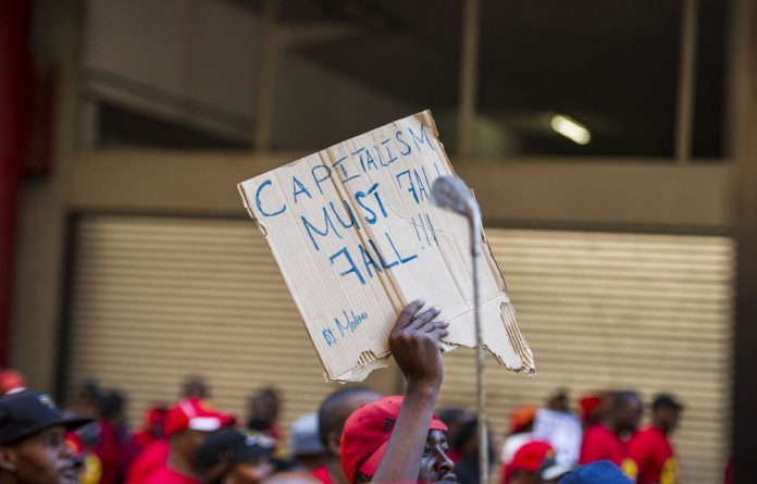 The South African Federation of Trade Unions has criticised the National Minimum Wage Bill as inadequate.
