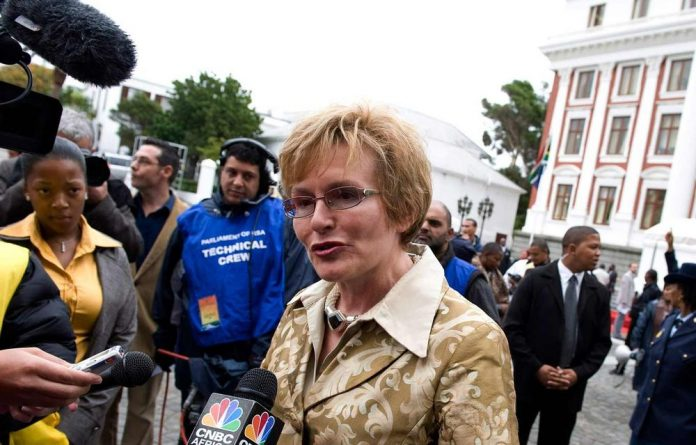 DA leader Helen Zille says she will lead 6 000 of her party's supporters in a march to Luthuli House in the Johannesburg CBD on February 4 to take the