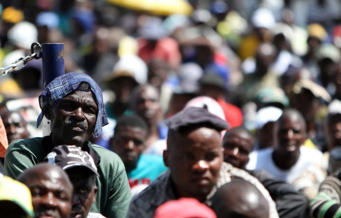 Lawyers representing the victims of the shooting at Lonmin's Marikana mine have failed to have the judicial inquiry into the incident postponed.