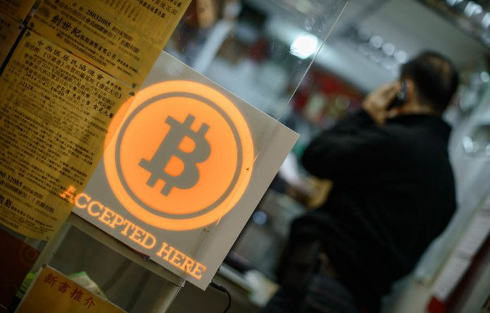 Several long-term investors have sold their bitcoins and a new type of player has entered the scene — speculators.