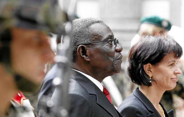 Analysts say the death of Ghana's John Atta Mills has created a power vacuum.