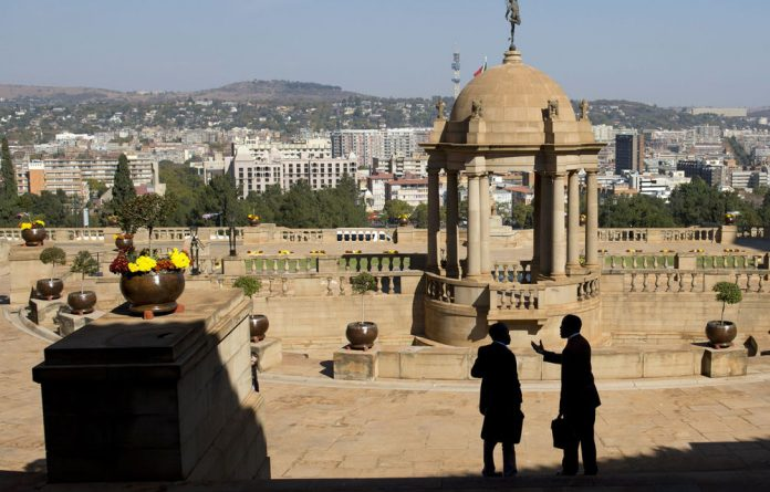 Zimbabwean President Robert Mugabe and South African President Jacob Zuma are signing bilateral agreements at the Union Buildings.