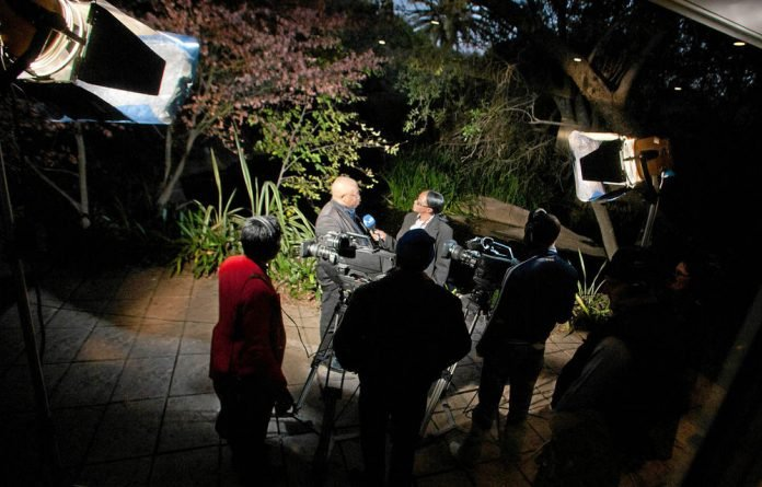 The FXI has withdrawn its complaint against the SABC over the alleged blacklisting of certain political analysts.