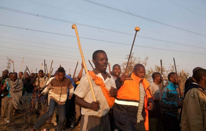 Miners protest in Lonmin.