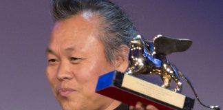 Director Kim Ki-duk displays his Golden Lion for best movie for his film Pieta at the the Venice Film Festival on September 8.