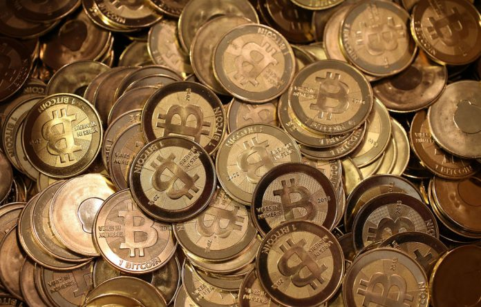 Flexcoin has lost bitcoins worth about $600 000 to a hacking attack.