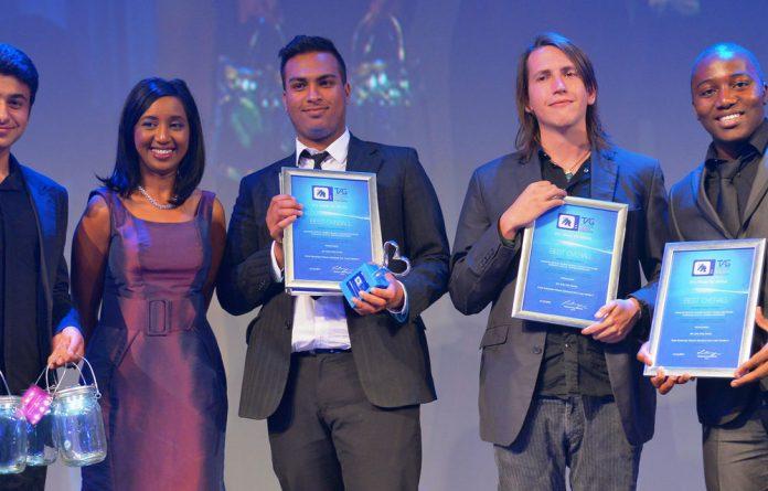 Malik Dasoo and M-Net's Koo Govender with Robin Adams